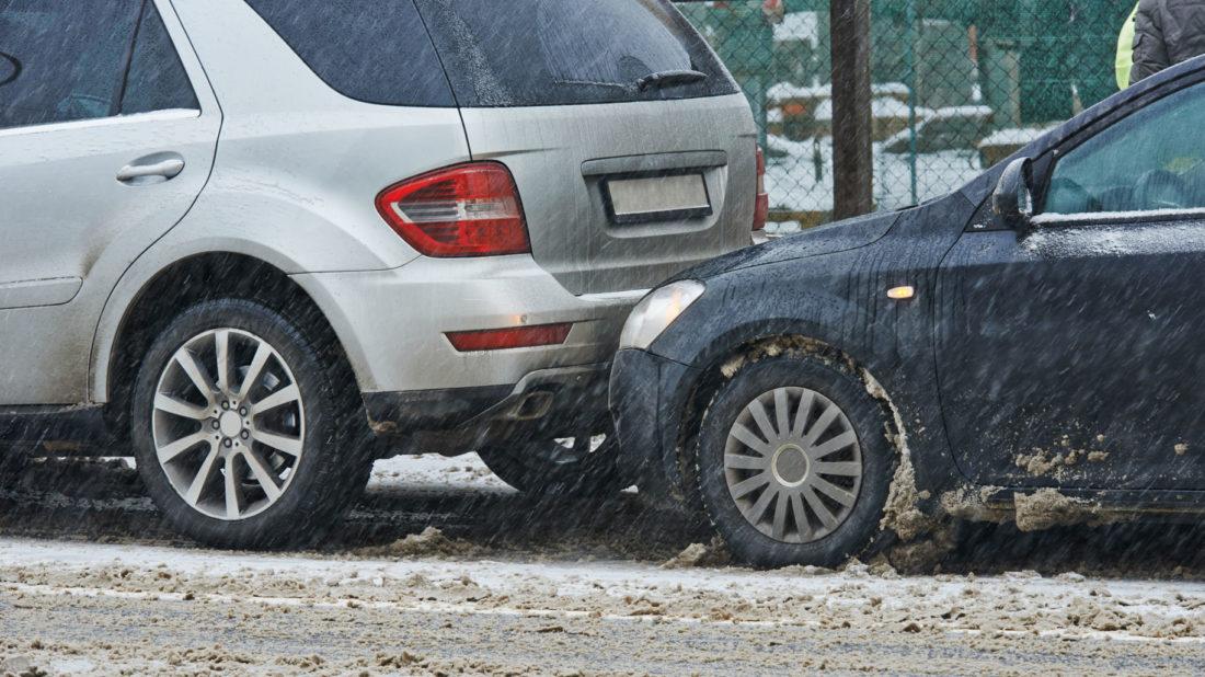 12-nehodovost-v-zimnich-mesicich-1100x618.jpg