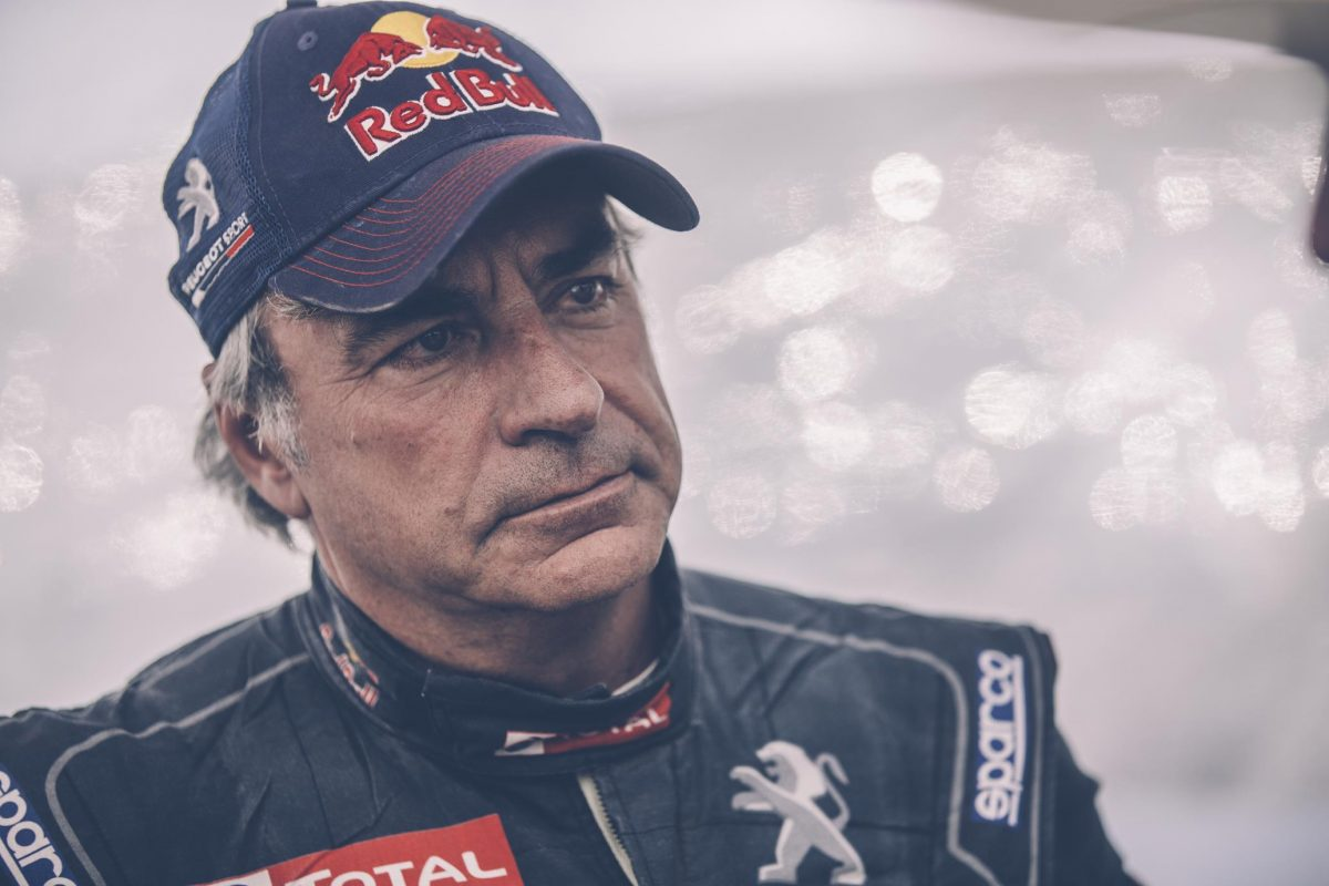 carlos-sainz-guest-reporter-on-red-bull-tv-in-portugal--1200x1200.jpg