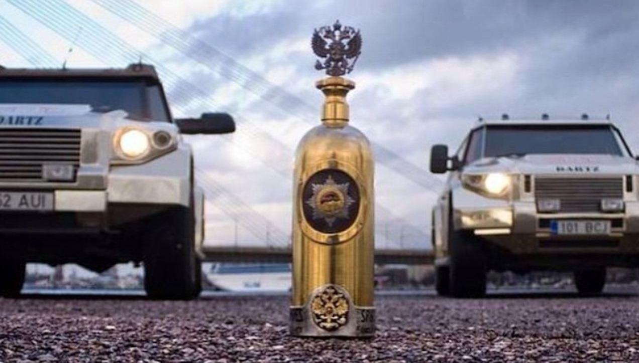 Fotogalerie Dartz nejdrazsi lahev vodky na svete 2018