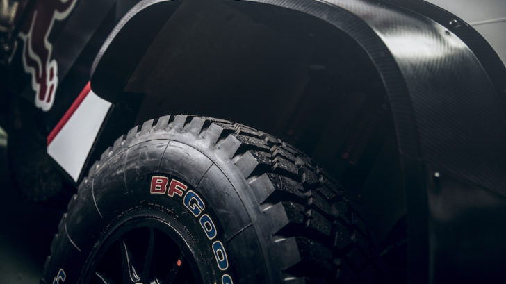 peugeot-3008dkr-maxi_car-reveal_©red-bull-content-pool_0019_0-728x409.jpg