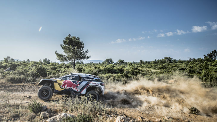 peugeot-3008dkr-maxi_car-reveal_©red-bull-content-pool_0048_0-728x409.jpg