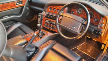1997-aston-martin-v8-vantage-v550-manual-interior-1-352x198.jpg