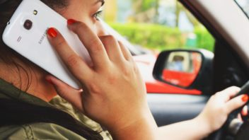 person-woman-smartphone-car-352x198.jpg