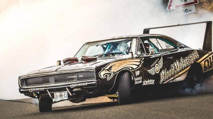 titulka_charger_1968_drift-728x409.jpg