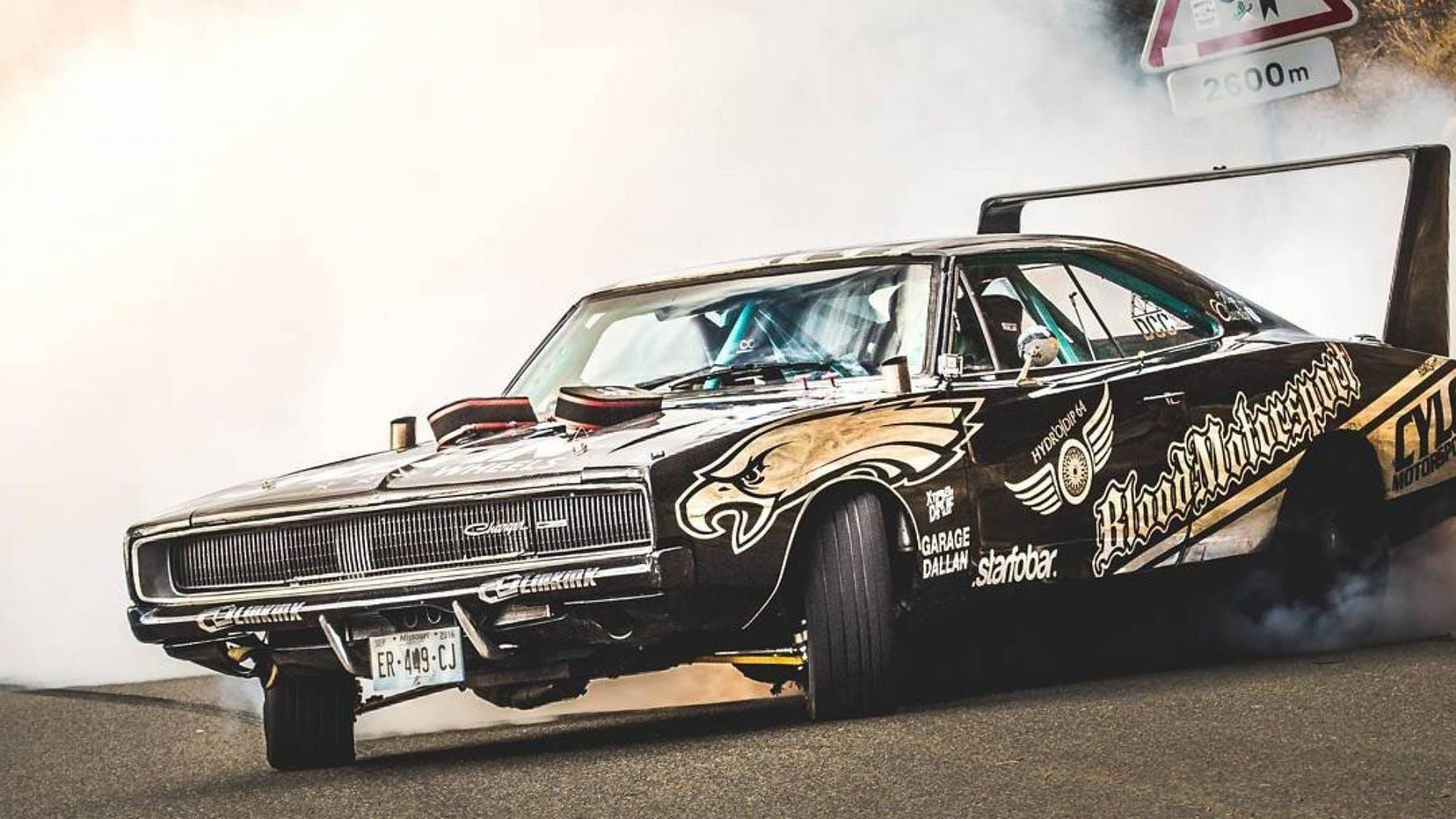 titulka_charger_1968_drift