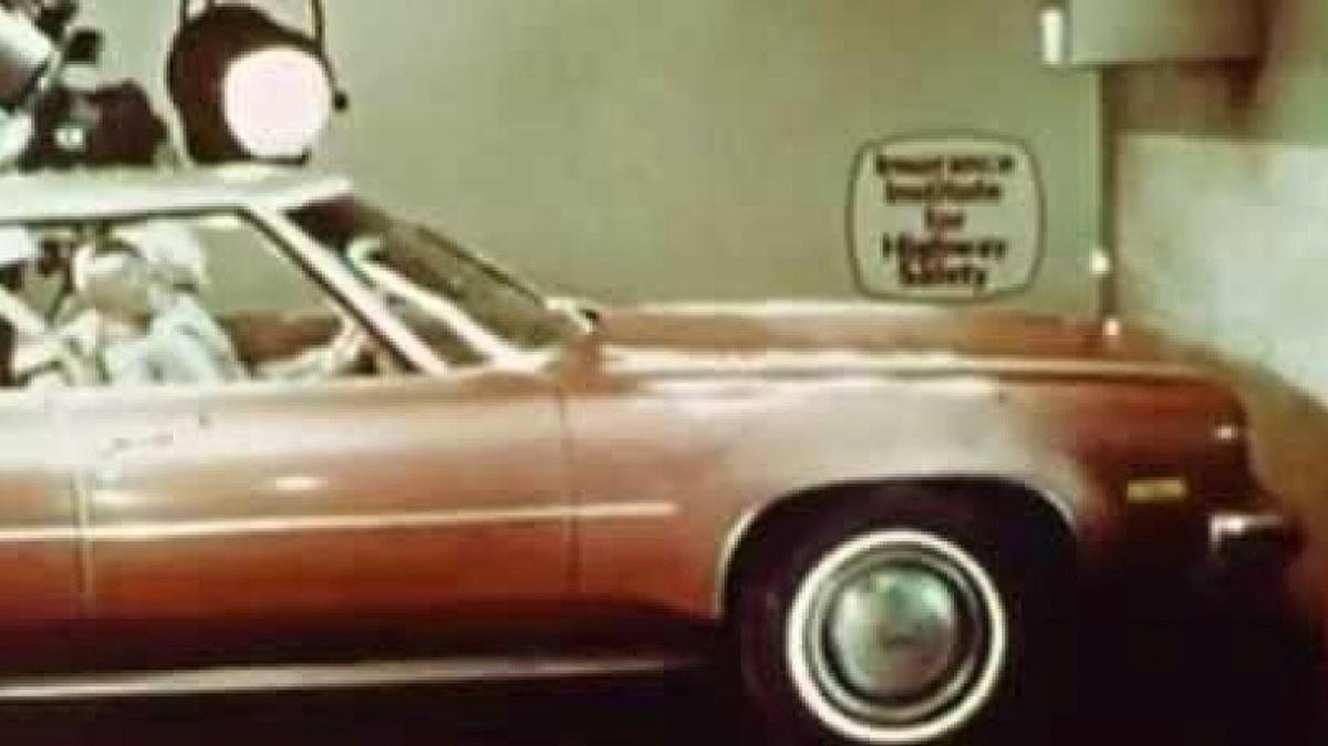 video-ze-70-let-minuleho-stoleti-ukazuje-proc-je-dobre-pouzivat-bezpecnostni-pasy