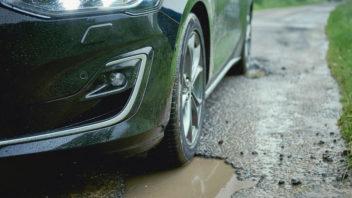 titulka-ford-focus-pothole-detection-system-352x198.jpg