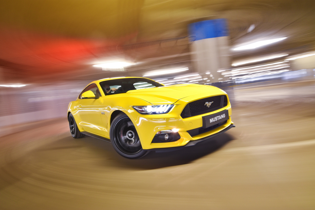 ford_mustang_gt_fastback_28_1.jpg