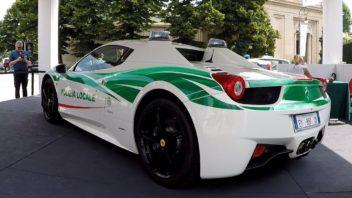 policejni-ferrari-458-spider-italie-milano-video-352x198.jpg