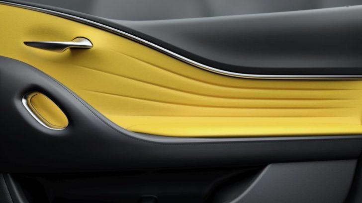 lc_yellow_edition_door-728x409.jpg