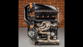 ssc-tuatara-engine-352x198.jpg