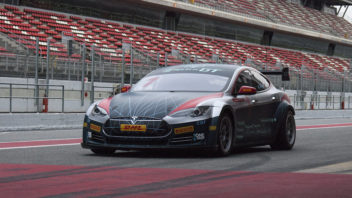 tesla-model-s-electric-gt-track-352x198.jpg