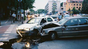 nehoda-352x198.jpg