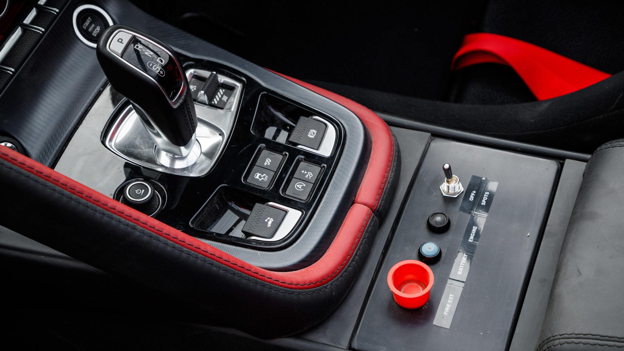 jaguar-f-type-rallye-special-8.jpg