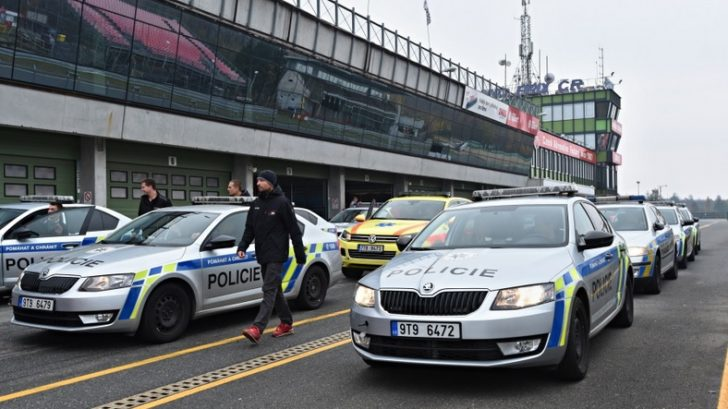 policie-na-okruhu-728x409.jpg