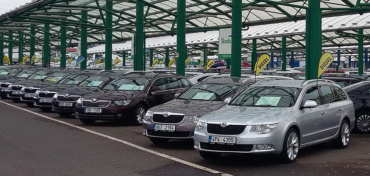 b0fd33732 Nabídka ojetin v Praze je proti zbytku ČR mladší, s nižším nájezdem ...