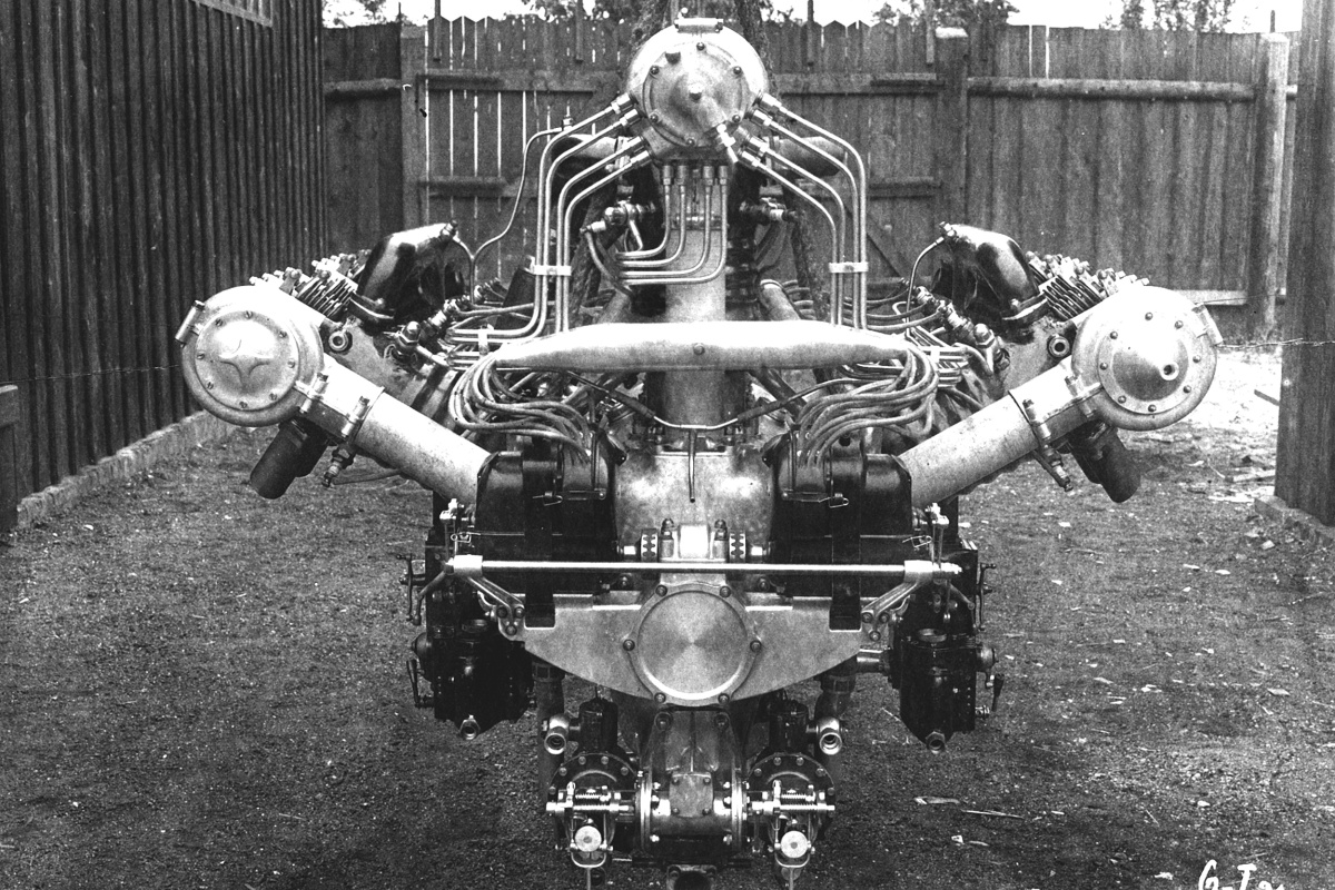 190125-skoda-museum-presents-an-extraordinary-exhibit-the-w12-aircraft-engine-by-laurin-klement-2.jpg