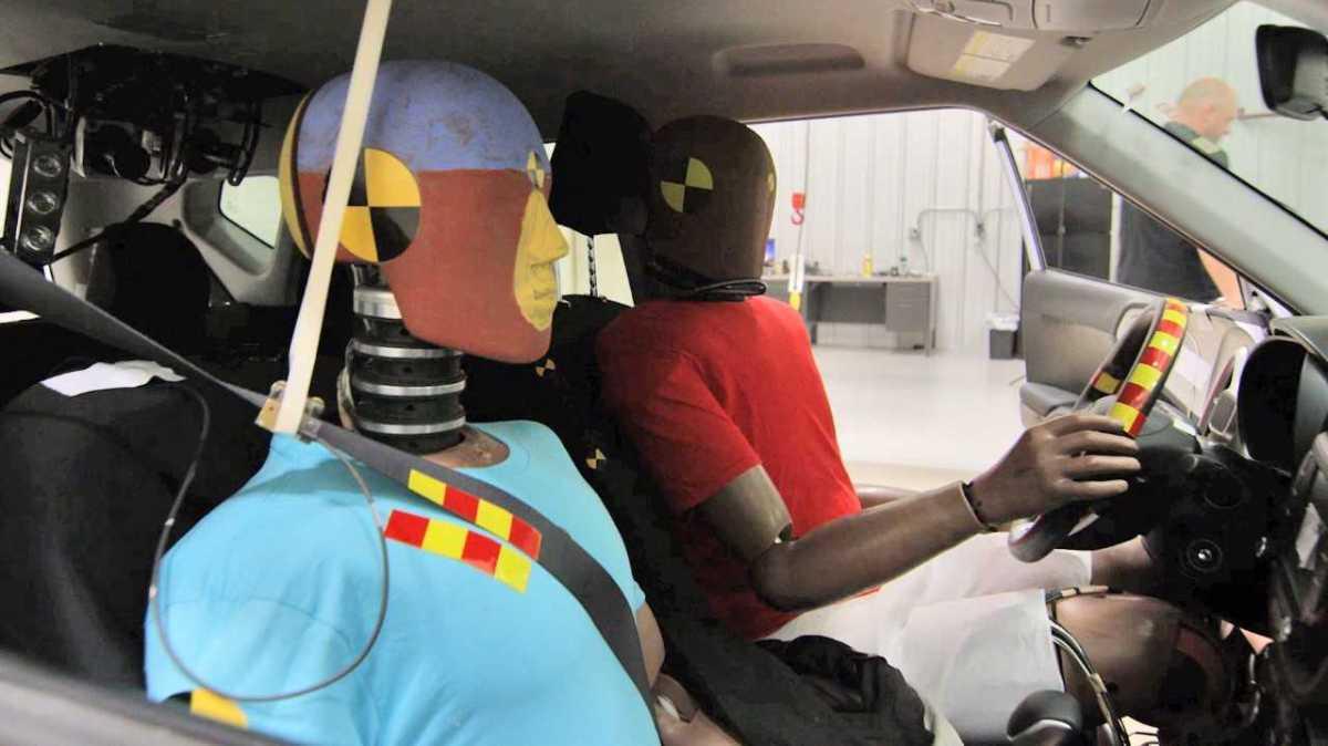 Hyundai představuje airbagy pro vícenásobné kolize