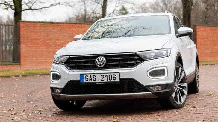 volkswagen-t-roc-2018-2.0-tsi-sport-1-1-728x409.jpg