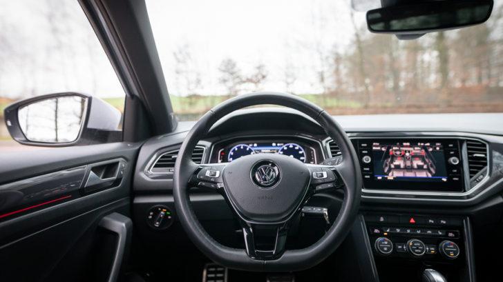 volkswagen-t-roc-2018-2.0-tsi-sport-17-728x409.jpg