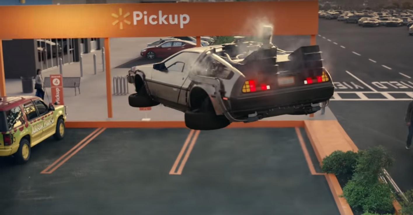 Reklama na Walmart plná filmových aut