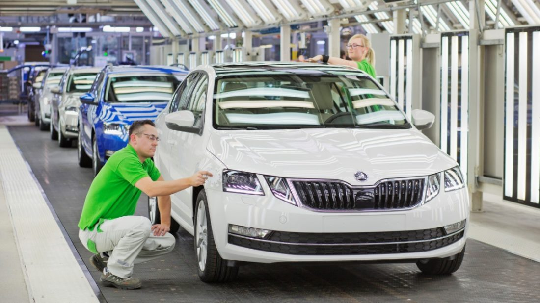 170208-skoda-octavia-startofproduction-2017-02.jpg-1100x618.jpg