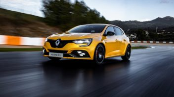 21219648_2018_renault_megane_iv_r_s_trophy_tests_drive_in_portugal-352x198.jpg