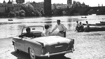 skoda-felicia-in-prague-czechoslovakia-1961-352x198.jpg