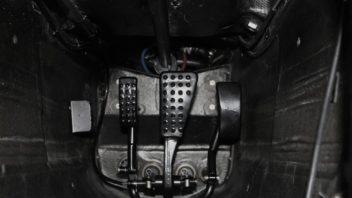 vozy-mclaren-pouzivaji-otevreny-diferencial-3-352x198.jpg