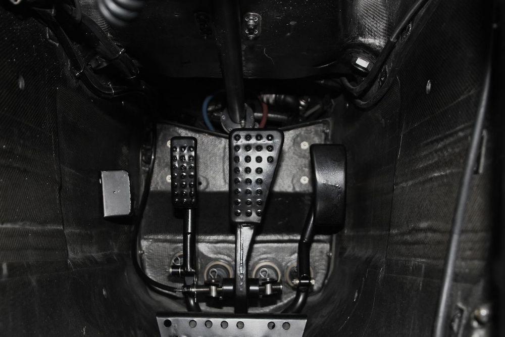 vozy-mclaren-pouzivaji-otevreny-diferencial-3.jpg
