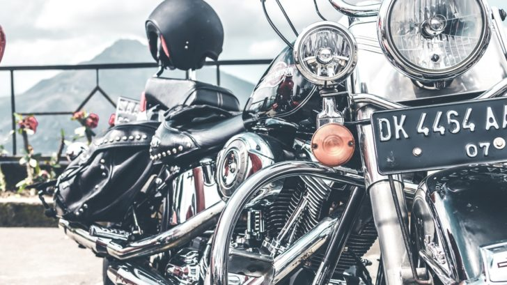 chopper-chrome-daylight-1534174-2-728x409.jpg