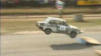 reverse_racing_daf-352x198.jpg