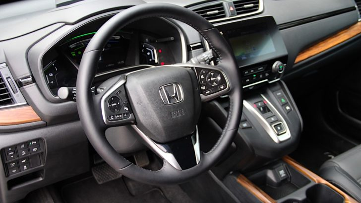 test-honda-cr-v-4x4-hybrid-executive-awd-style-autoweb-eko-23-728x409.jpg