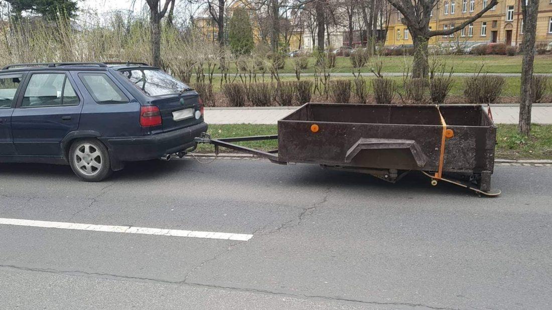 titulka_opily_kutil_pouzil_skateboard_namisto_rezervy-1100x618.jpg
