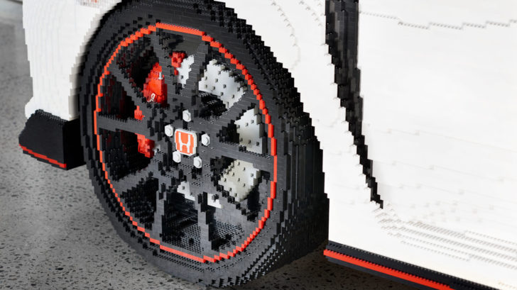 2019-honda-civic-type-r-made-from-lego_100699706_h-728x409.jpg