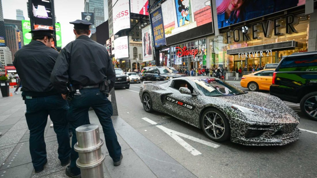 c8-corvette-announcement-new-york-1100x618.jpg