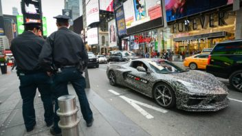 c8-corvette-announcement-new-york-352x198.jpg