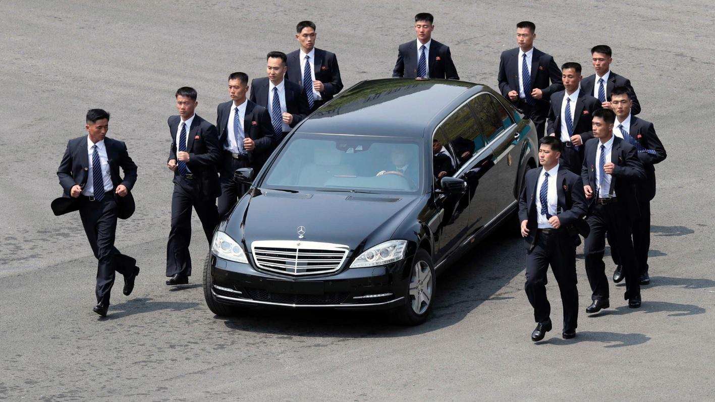 Záhada luxusních limuzín severokorejského diktátora