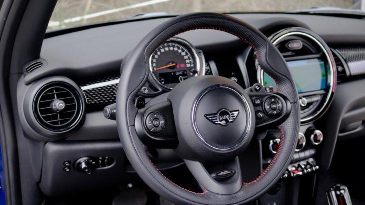 mini-cooper-s-hatch-test-cabrio-bmw-autoweb-tridverove-classic-benzin-7-728x409.jpg