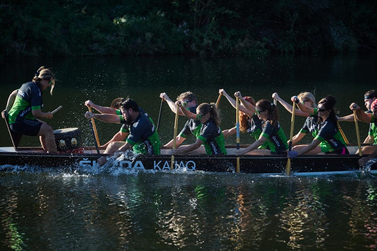 boat-dragons-team-skoda.jpg