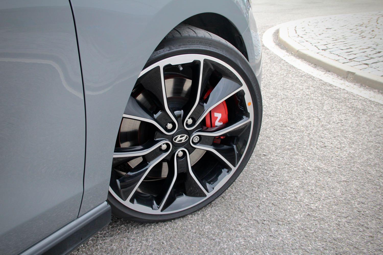 hyundai-i30-fastback-n-petrol-benzin-turbo-autoweb-fwd-hothatch-liftback-korea-auto-20.jpg