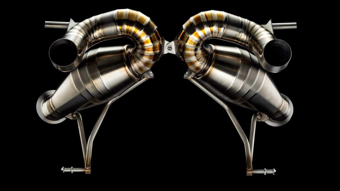 lamborghini-aventador-svj-exhaust-by-valentino-balboni-2-1100x618.jpg