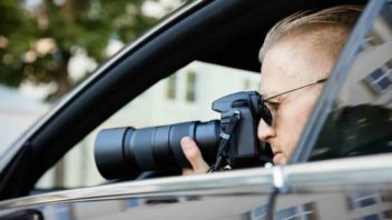 man-in-car-with-slr-camera-stalking-16.9-352x198.jpg