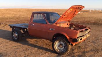 titulka-pickup-s-motorem-ze-sekacky-352x198.jpg