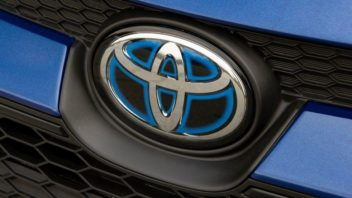 toyota-corolla_hybrid_us-version-2020-1280-20-352x198.jpg
