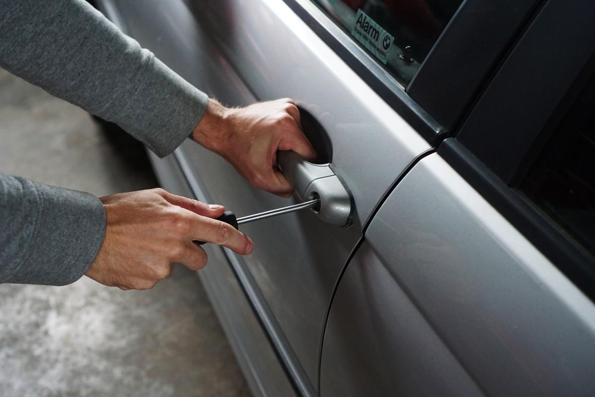 Počet krádeží vozidel dlouhodobě klesá