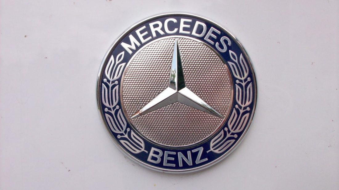 mercedes-benz-symbol-1100x618.jpg