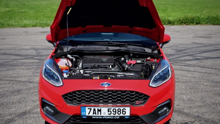 test-ford-fiesta-st-autoweb-nakupni-kosik-rs-hothatch-launch-control-led-auto-22-728x409.jpg