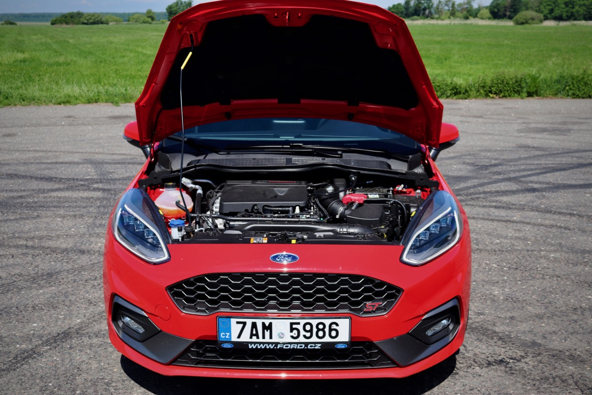 test-ford-fiesta-st-autoweb-nakupni-kosik-rs-hothatch-launch-control-led-auto-22.jpg