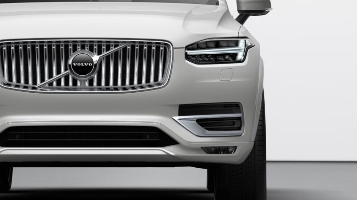 volvo_xc90_t8_twin_engine_inscription_2-728x409.jpg